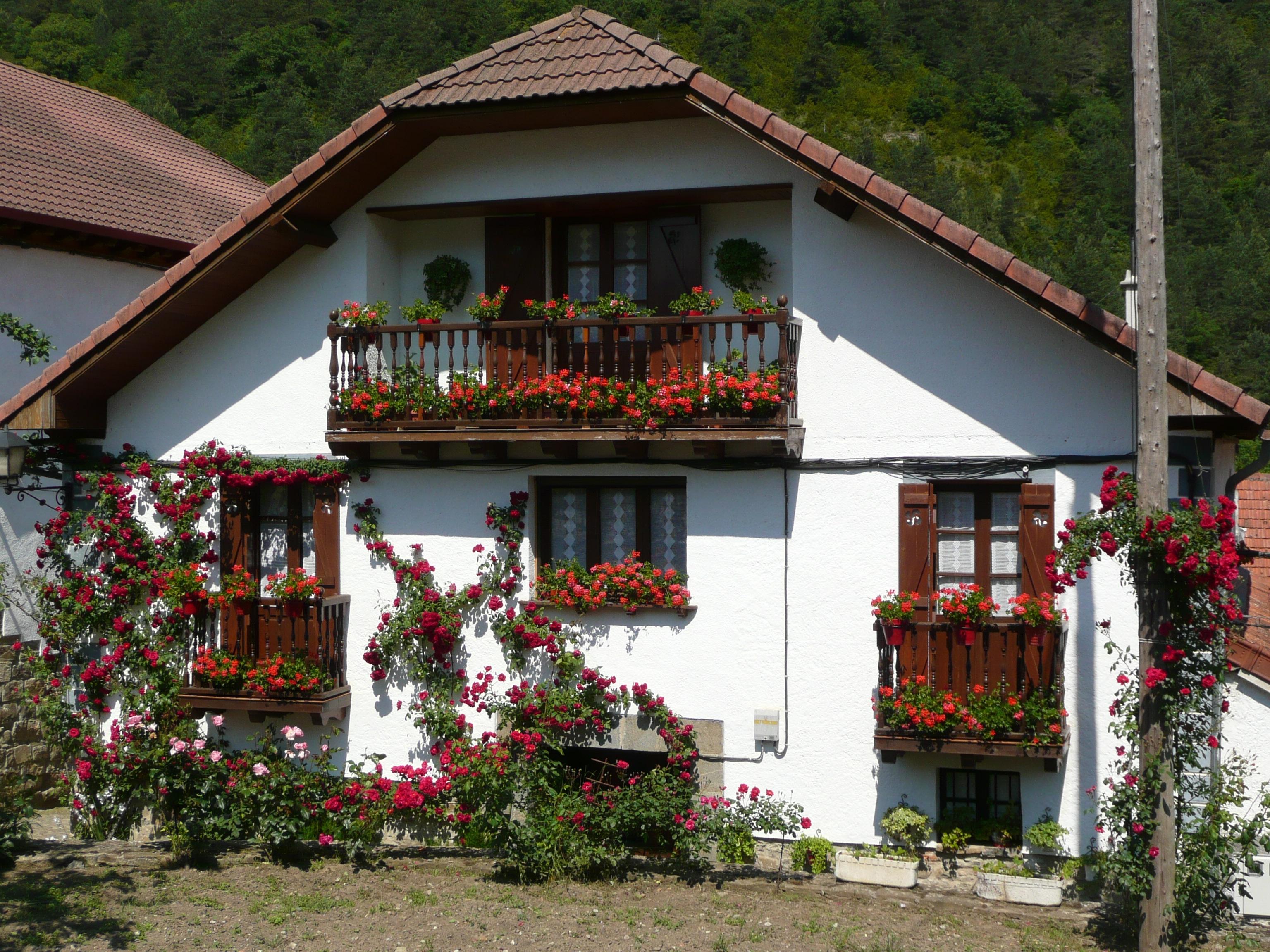 Casa del pirineo navarro fotos de paisajes - Casas del pirineo ...