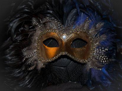 mascara veneciana 2