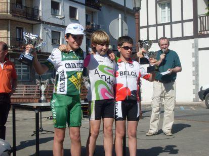 ganadores de la carrera de alevines en urnieta