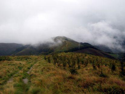,Arriurdingain, (709 m) desde las inmediaciones de Aranomendi