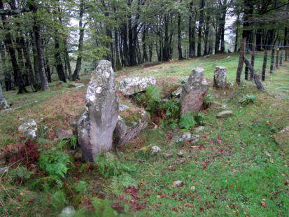 Dolmen de ,intsusburu, (943 m)