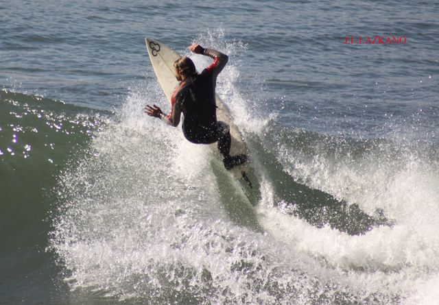 Surfista.Orrua.Zumaia.2011-11-10
