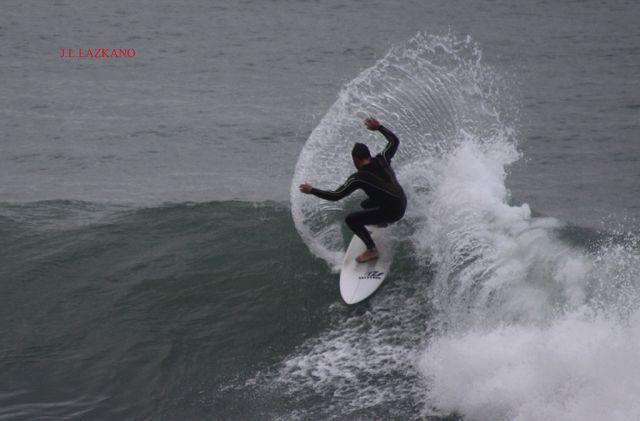 Surfista.Orrua.Zumaia.2011-11-27