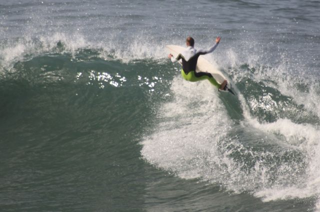 Surfista.Orrua.Zumaia.2011-11-30