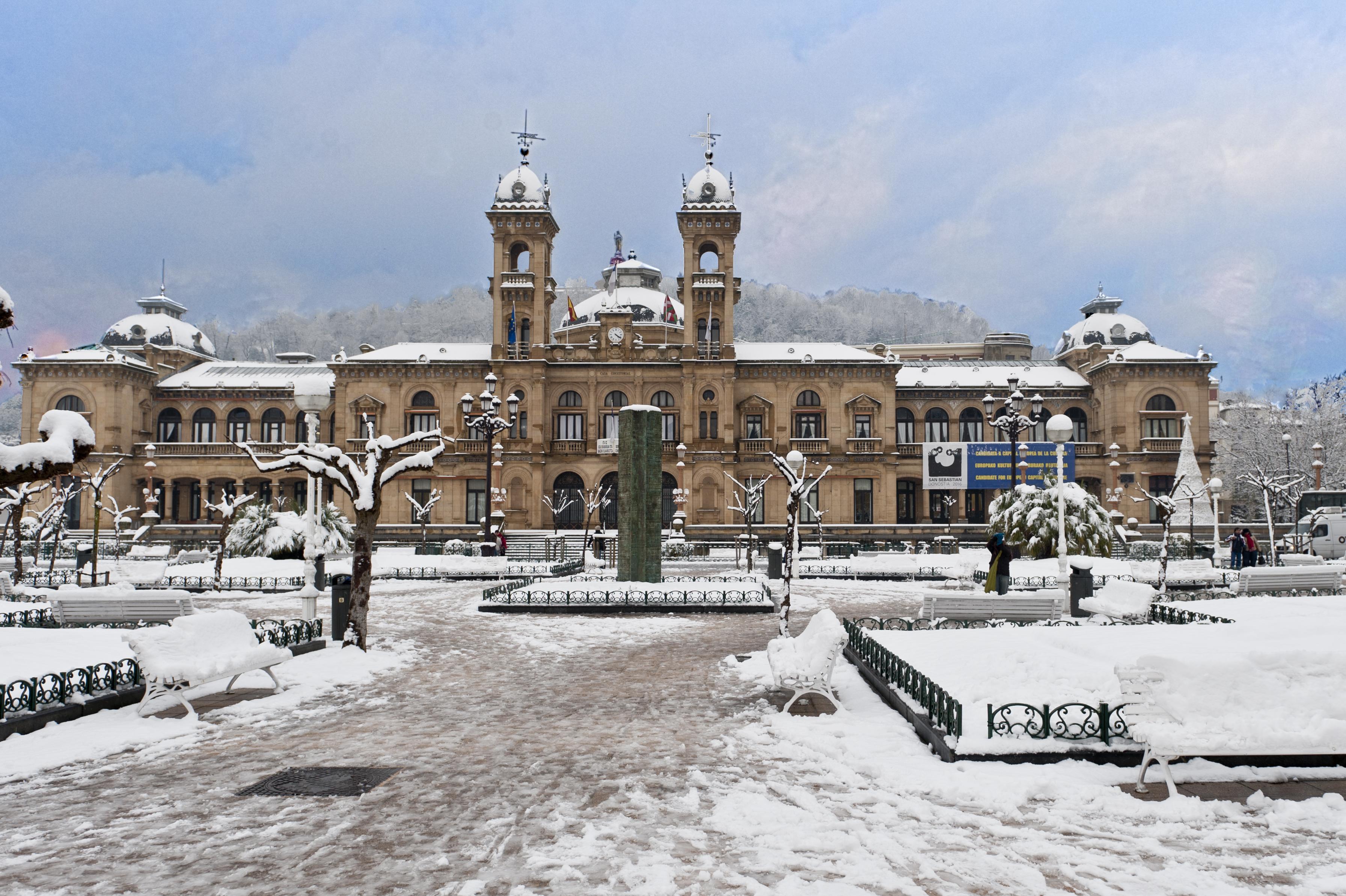 Ayuntamiento nevado fotos de rincones de donostia - Clima en donostia san sebastian ...