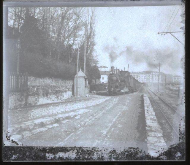 tren tracción vapor salida de amara