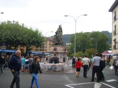 MONUMENTO A FRAY ANDRES DE URDANETA - ORDIZIA