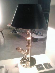 UNA ORIGINAL LAMPARA