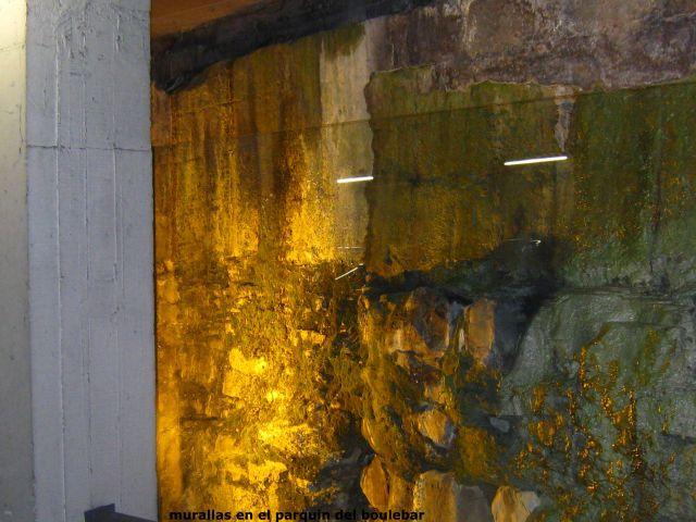 murallas en aparcamiento del boulebar