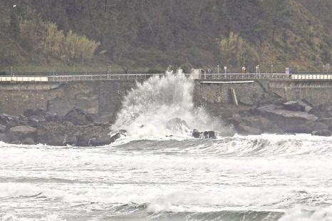 Ya vienen las olas gigantes 28-2-2014