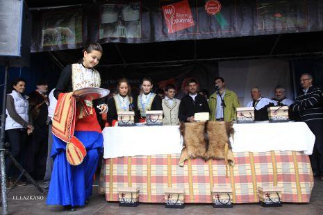 Degustacion del Queso de Ronkal.Burgi.2014-05-03