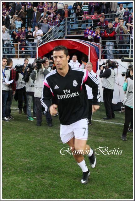 Cristiano Ronaldo ( Ramón Beitia )