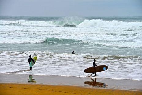 Buenas olas en Zarautz