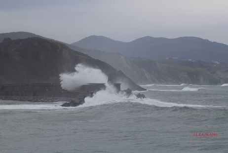 Zumaia.Faro.2015-01-16
