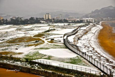Por fin nieve en Zarautz 6-2-2015