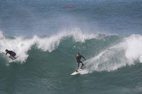 Roca Puta.Surfistas