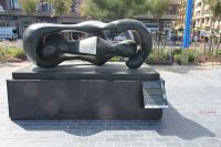 La Zurriola.Henry Moore.Donostia.2016-06-28