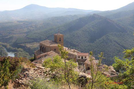 Gallipienzo Antiguo.Iglesia S.Pedro.Navarra