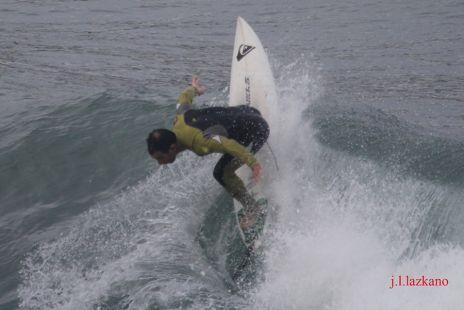 Zumaia.Orrua.Surfista I.Amatriain.-2016-10-25