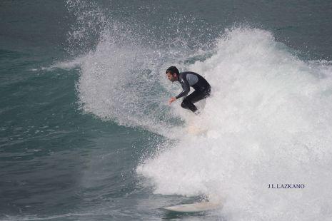 Zumaia.Orrua Surfista F.Alberdi