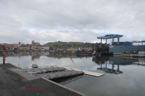Zumaia.Ibaia y Astilleros Balenciaga