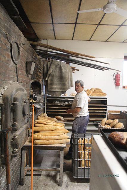 Burgi.Panaderia.2016-12-09