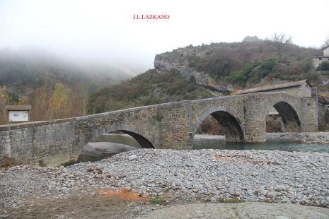 Burgi.Puente Medieval.2016-12-09