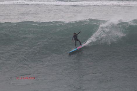 Zumaia.Orrua.Surfista Gato.2016-12-16