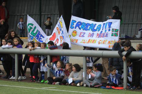 La Real Sociedad en Deba.Grandes aficionados.2017-03-22