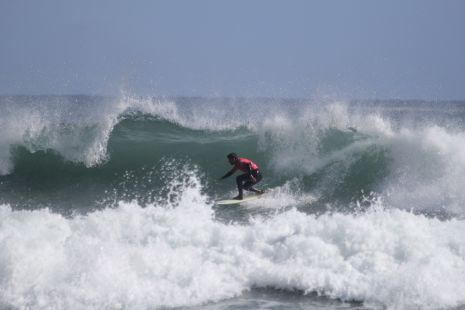 EHSF.Surfista H.Collazo.Deba.2017-05-01