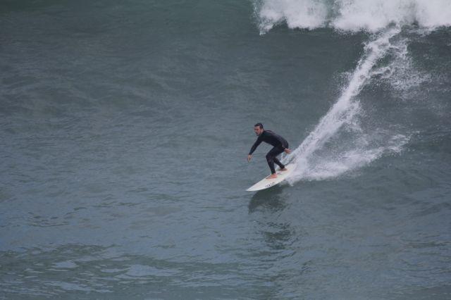 Zumaia.Roca Puta.Surfista.2017-09-12