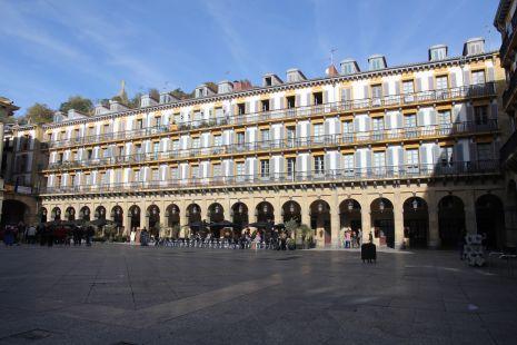 Donostia.Plaza de la Constitucion