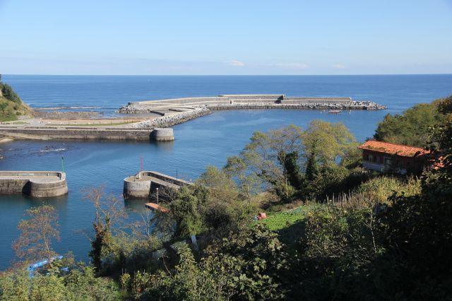Mutriku.Puerto y Muelle de Abrigo