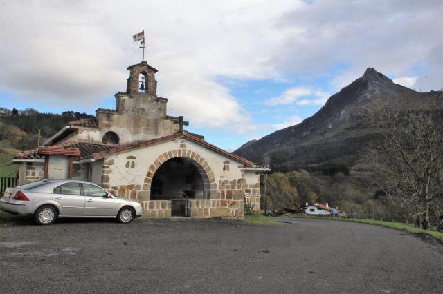 Ermita S.Saturnino y Txindoki