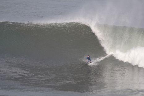 Deba.Sorginetxe.Surfista