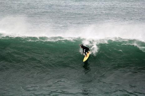 Zumaia.Roca Puta.Surfista.I.Ieregi